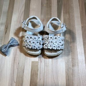 Other - Adorable baby girl white sandals size 4